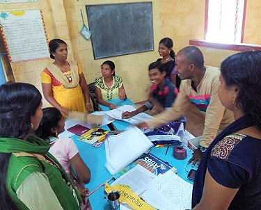 Teachers Jeneesh,  Shreeja and Vacation Programme students